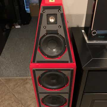 Wilson Audio Watt/Puppy 6 One of a kind Ferrari system