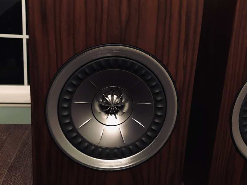KEF R100 Walnut - Good Condition