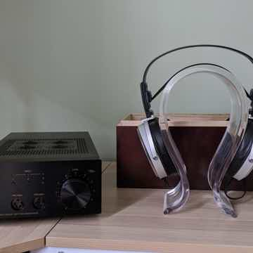 Stax Stax SR-009 Headphones and SRM007tII Amp