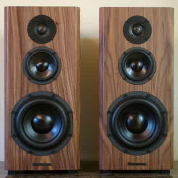 Bryston MINI T monitor ESPRESSO WALNUT VENEER (real wood)