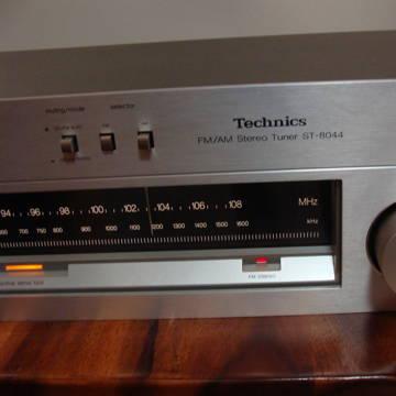 Panasonic ST-8044 AM/FM Tuner