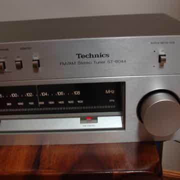 ST-8044 AM/FM Tuner