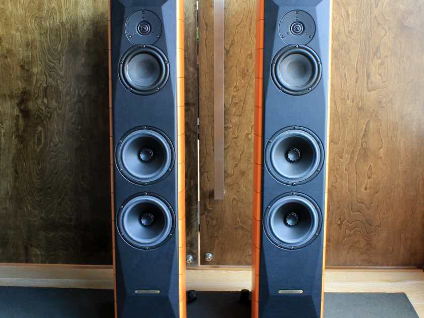 Sonus faber Cremona M Loudspeaker Pair in Maple Finish - PENDING SALE