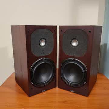 Motive 3 Loudspeakers