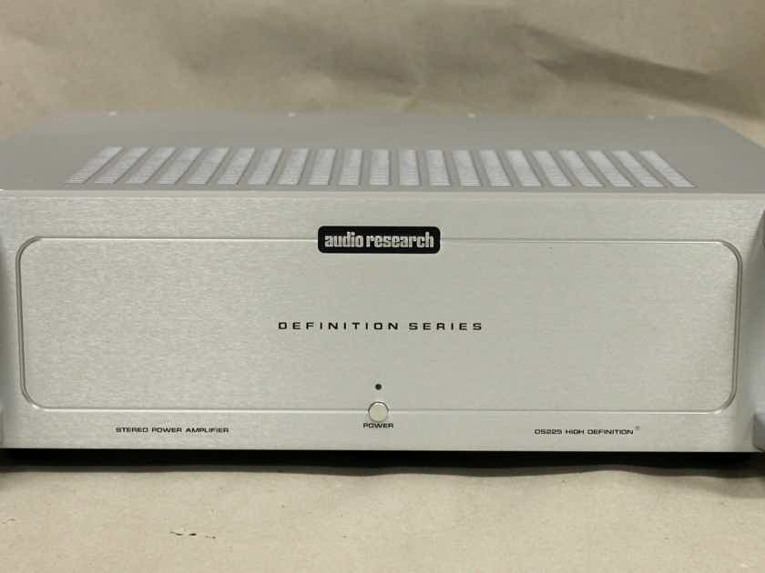 Audio Research DS225 Stereo Amplifier in Silver Finisher Finish