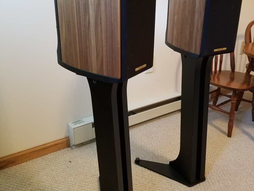 Sonus Faber Liuto monitor Wood, With Stands