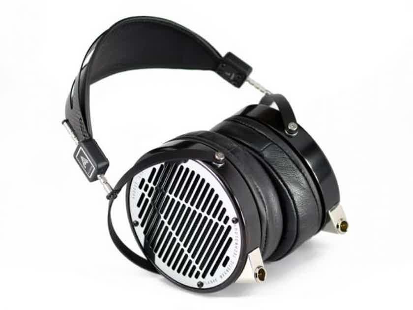 AUDEZE LCD- 4 w/CHORD HUGO 2 cutting-edge audiophile DAC Headphone technology