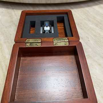 Air Tight PC-1 MC Cartridge