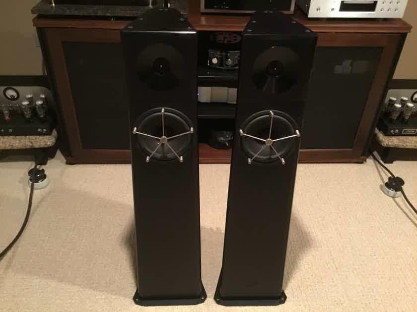 REDUCED on April 30! - YG Acoustics Carmel loudspeaker - Excellent Cond - 1 owner - Less than 75 hours - pics!