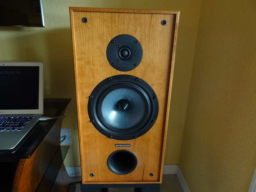 Spendor SP2/3R2 Monitor W/stands