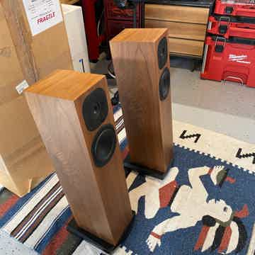 Neat Acoustics Motives SX2