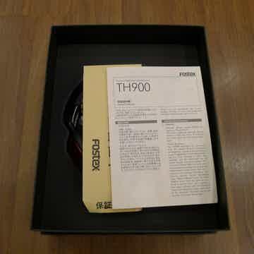 TH900