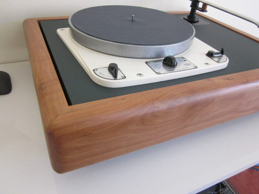 Vinylista - Garrard 301 / 401 / Thorens 124 / Technics SP10 -  Suspended Solid Wood Plinth          (handmade in Berlin)