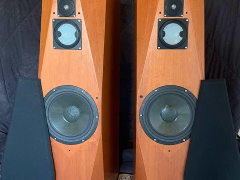 Avalon Acoustics Eidolon Diamond
