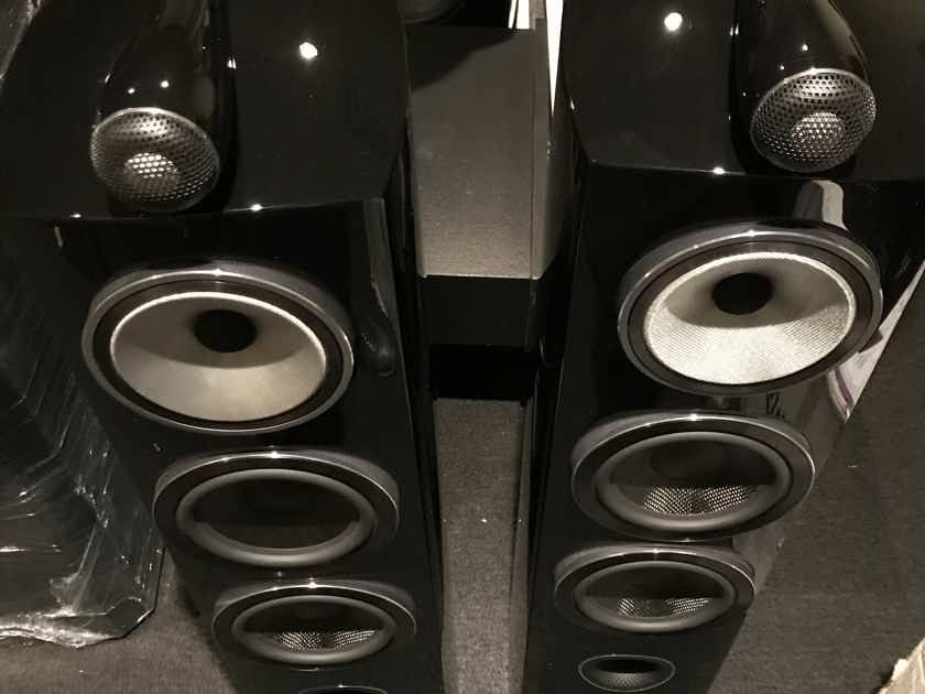 B&W (Bowers & Wilkins) 804D3 latest version excellent condition