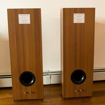 Omega Speaker Systems Junior 8XRS