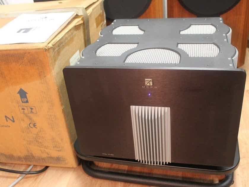 Simaudio Moon Titan HT-200 5 Channel Amplifier -Pristine- in Original Box