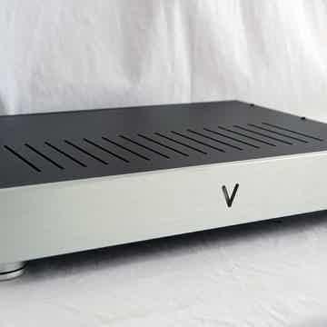 VALVET E2 Class-A dual-mono amplifier