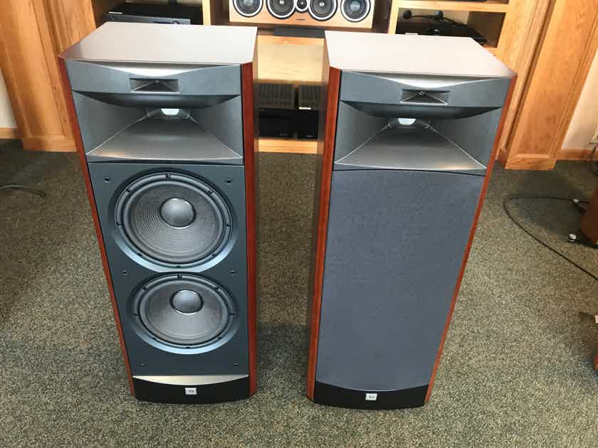 JBL Synthesis 3900