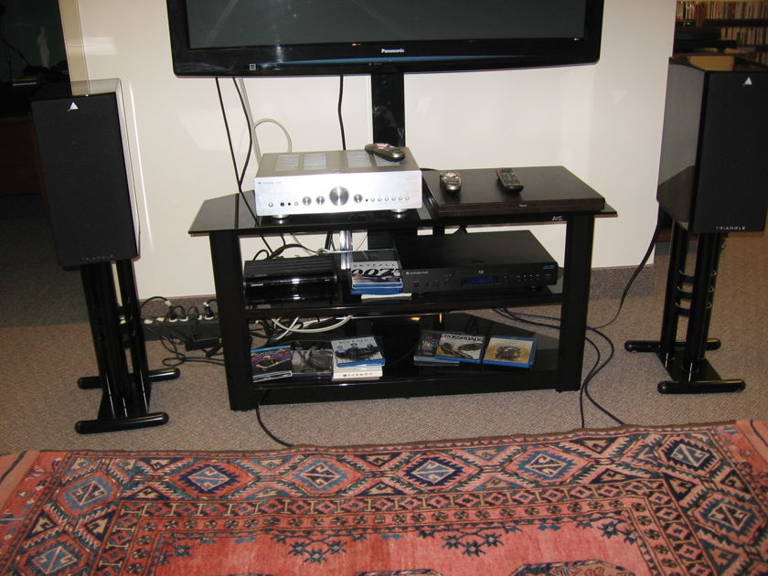 Triangle  Comete 30th Anniversary Stand Mount Speakers