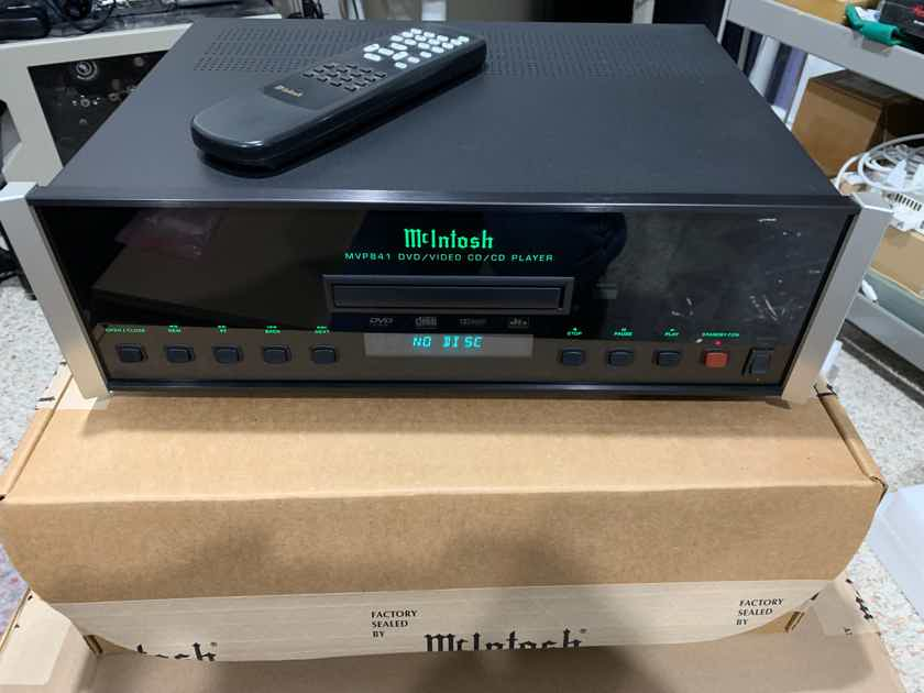 McIntosh MVP-841 DVD Player