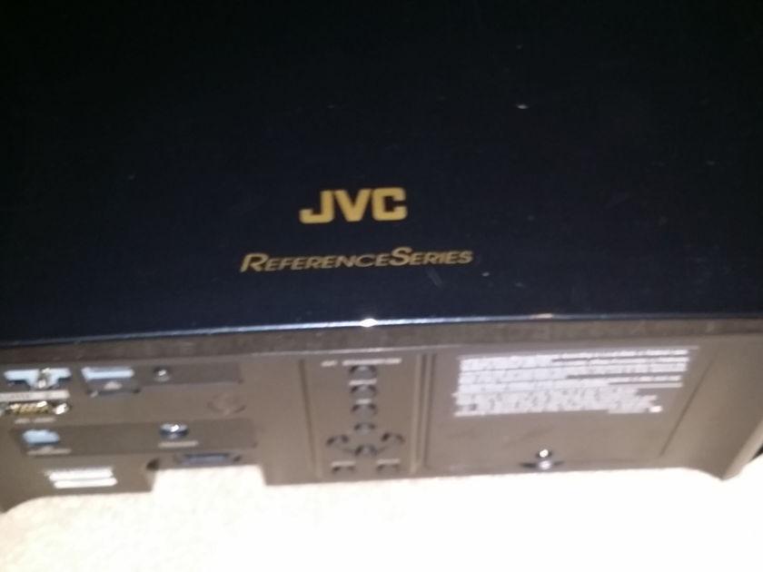 JVC RS6710 4K E-Shift 3D Flagship Projector