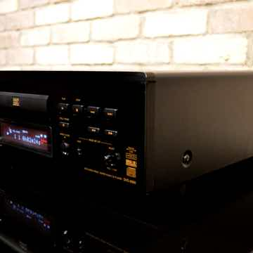Denon DVD-5900 Reference CD / SACD Player