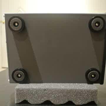 Violectric Audio V850