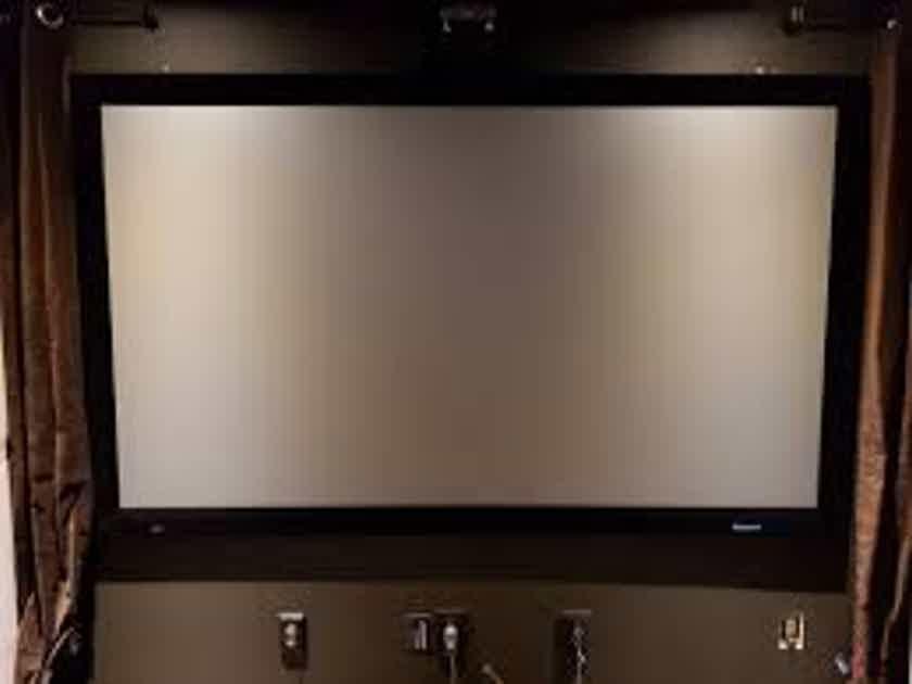 "Stewart Filmscreen Greyhawk 110"""