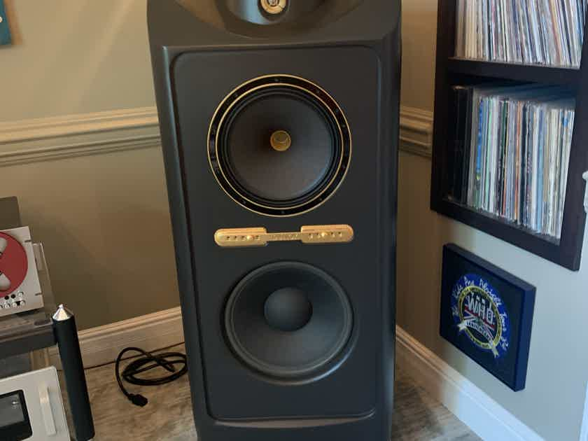 Tannoy Kingdom Royals