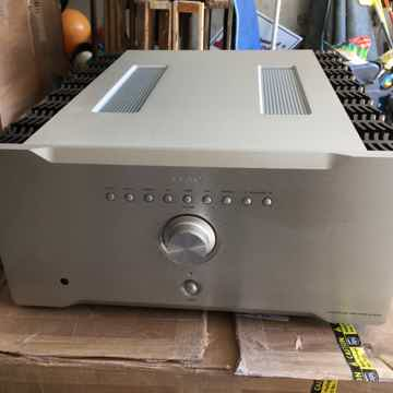 AI-3000 integrated amplifier