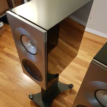 KEF Reference 1 Ultimate Bookshelf Speaker + Original S...