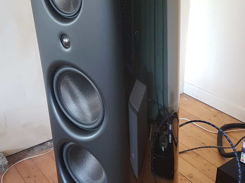 Magico M6 - less as 1000h of use - sold by first owner