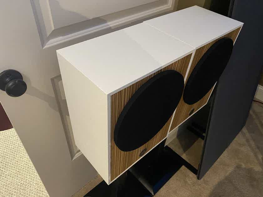 Omega Speaker Systems Compact 8 Monitors in White and Zebrawood