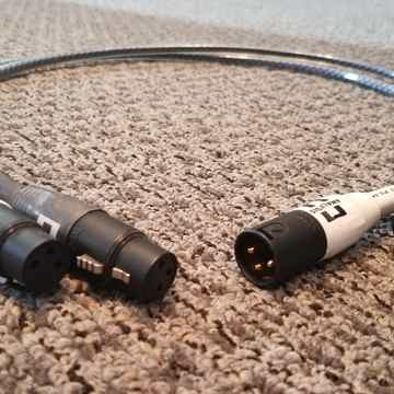 Solo Cyrstal Oval XLR 1m Interconnect