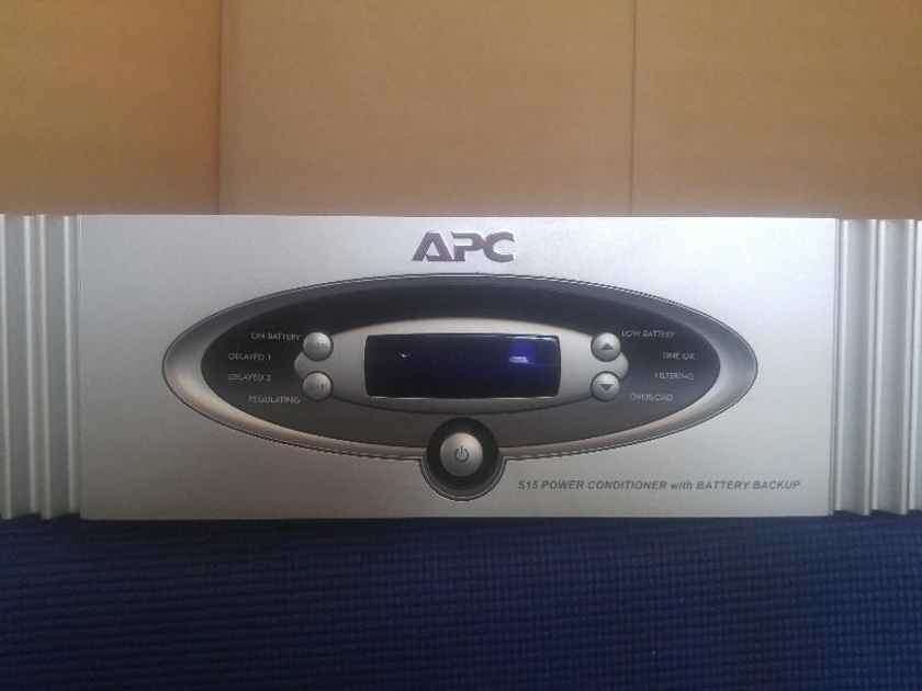 APC S15  AC Power Conditioner