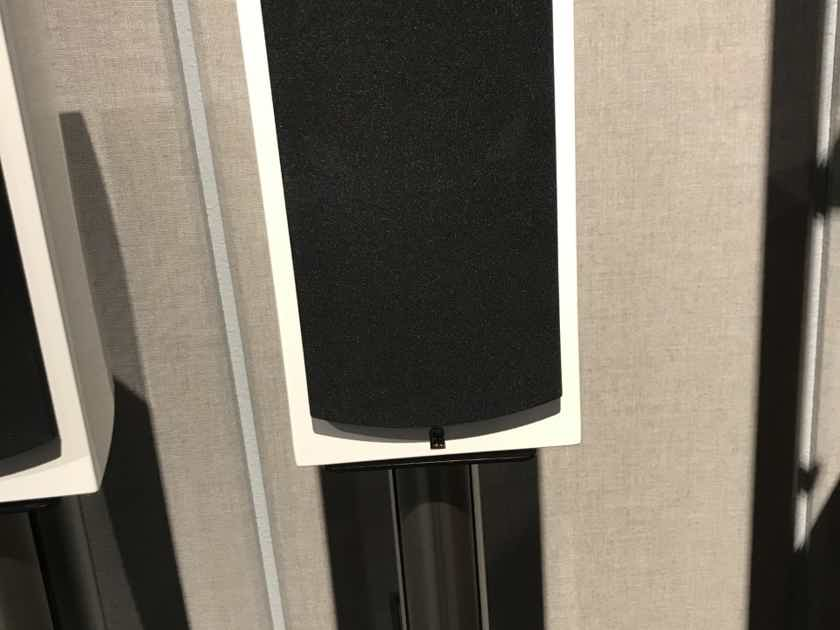 Revel Performa3 M105 w/stands
