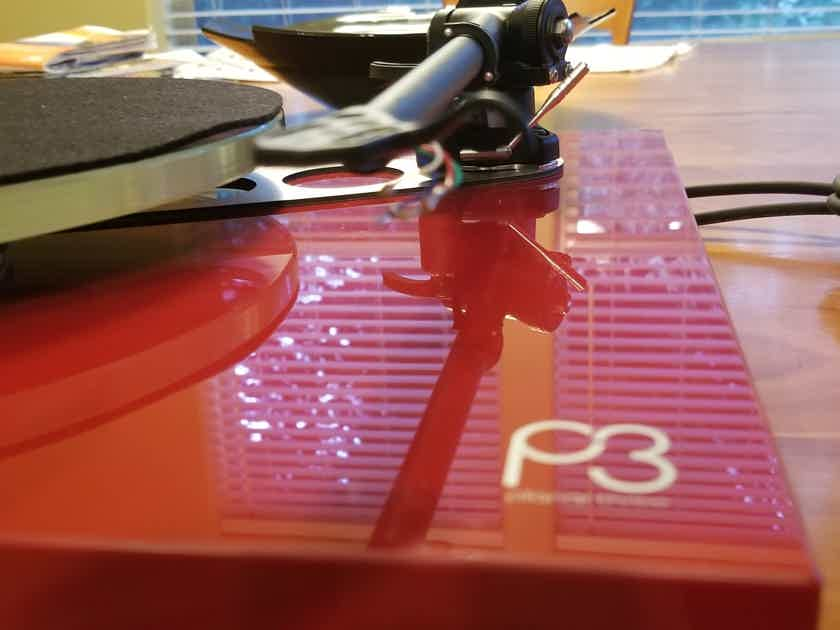 Rega Planar 3 in Red w/o cartridge - Excellent Condition-Upgrades Included!
