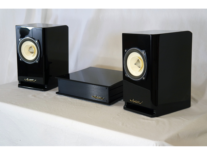 Voxativ Hagen Absolut - all-in-one audiophile, digital audio system - handmade in Germany