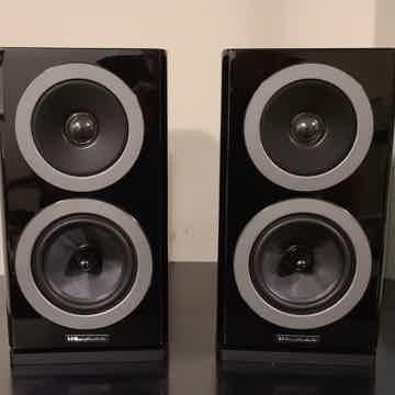Reva-1 Bookshelf Loudspeakers