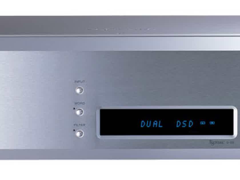 Esoteric D-03 DAC/P-03 Universal Transport/G-02 Clock