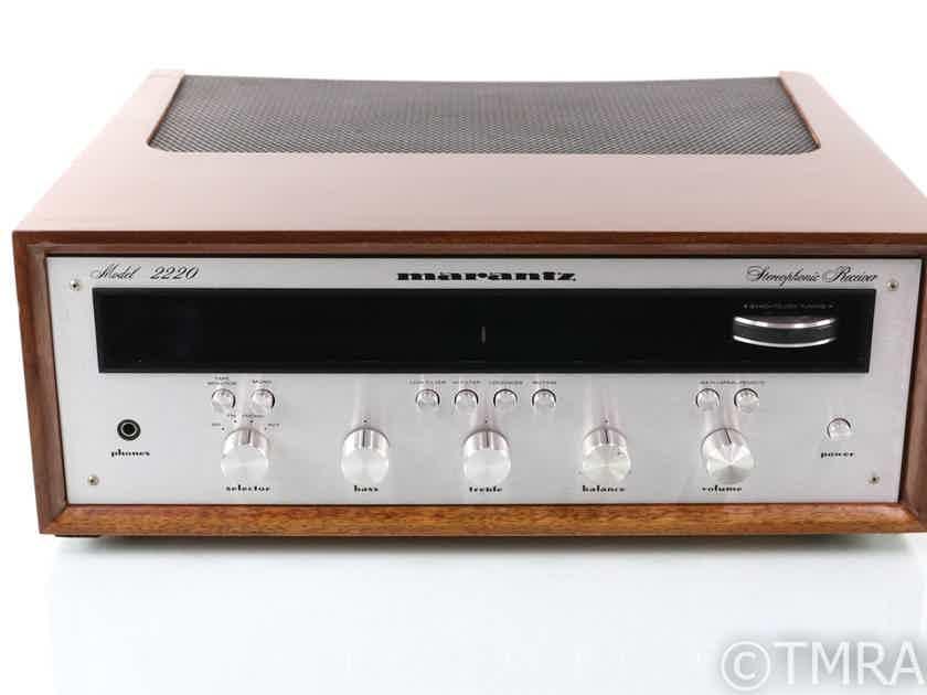 Marantz Model 2220c Vintage Stereo Receiver; Walnut Case; MM Phono (29046)