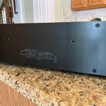 First Watt F4-(2) Mono blocks- Balanced -Pass Labs/ Fir...