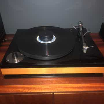 Bauer Audio DPS turntable