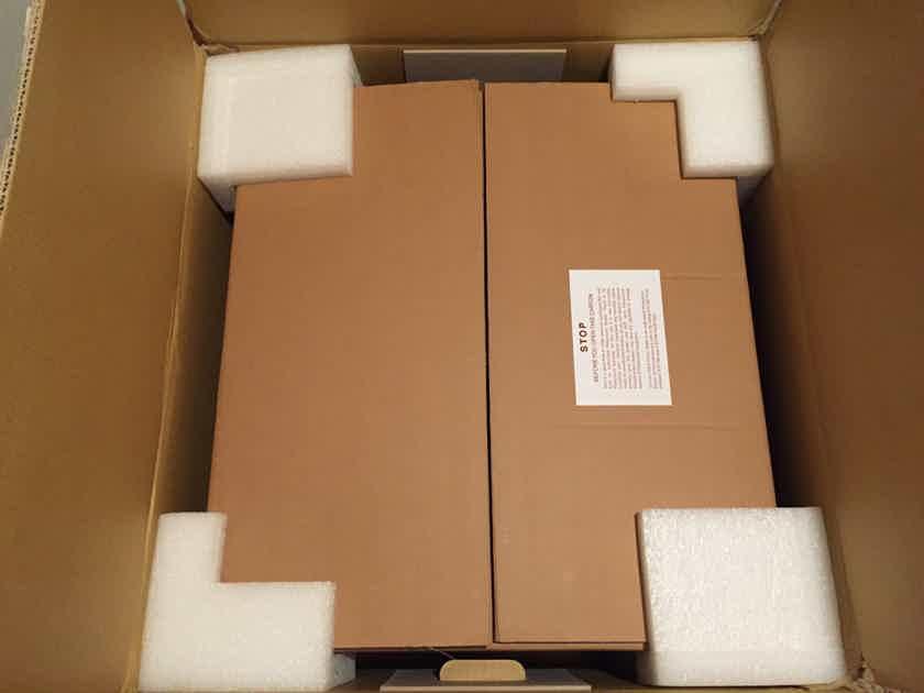 Parasound Halo A-51 5x250 Watt Black Amplifier
