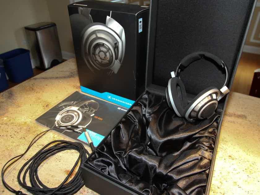 Sennheiser HD-800 Headphones with Cardas Clear Audio Cable Upgrade - Reduced Pricing