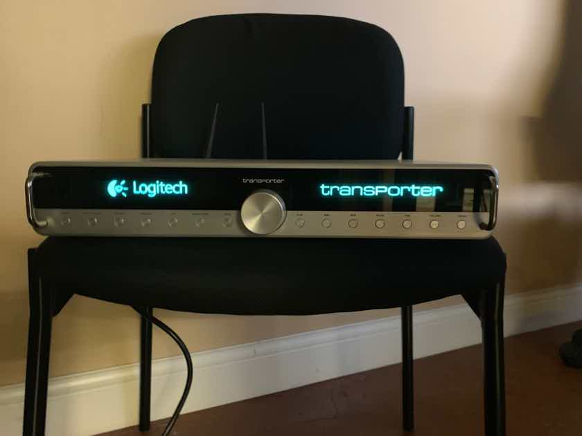 Logitech Transporter - Silver with Transnav and upgraded clock and output section