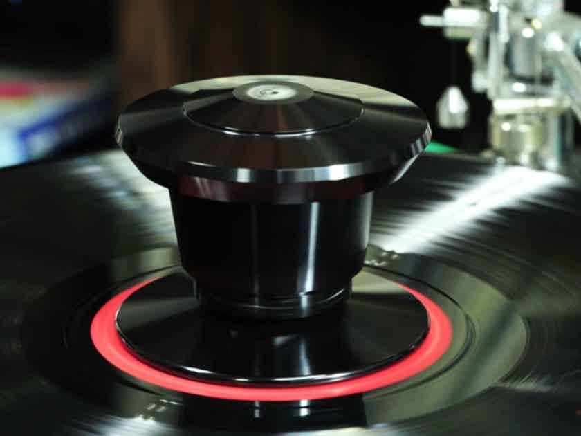 Nasotec VEM Record Clamp - effectively dampens harmful vibrations
