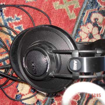 AKG Acoustics K7XX