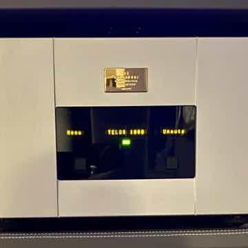Goldmund Telos 1000